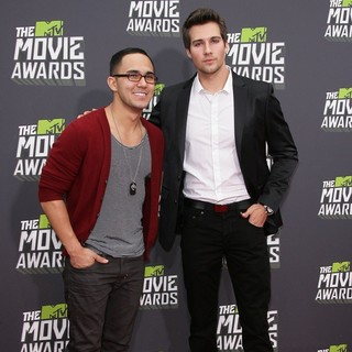 Carlos Pena Jr., James Maslow, Big Time Rush in 2013 MTV Movie Awards - Arrivals