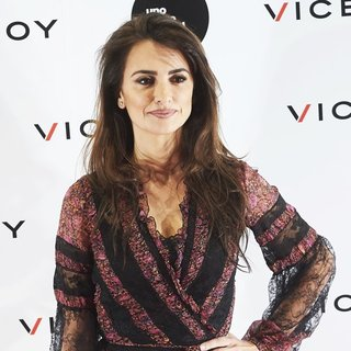 Penelope Cruz - Soy Uno Entre Cien Mil Documentary Photocall