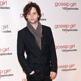 Penn Badgley in Gossip Girl Celebrates 100 Episodes