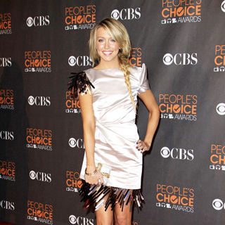Katie Cassidy in People's Choice Awards 2010