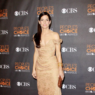Sandra Bullock in People's Choice Awards 2010