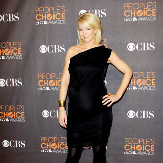 Jenna Elfman in People's Choice Awards 2010