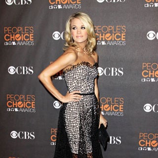Carrie Underwood in People's Choice Awards 2010