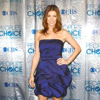 Kate Walsh in 2011 People's Choice Awards - Arrivals