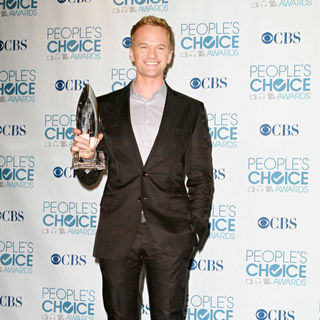 Neil Patrick Harris in 2011 People's Choice Awards - Press Room