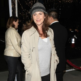 Peri Gilpin in Premiere of Atonement - Arrivals