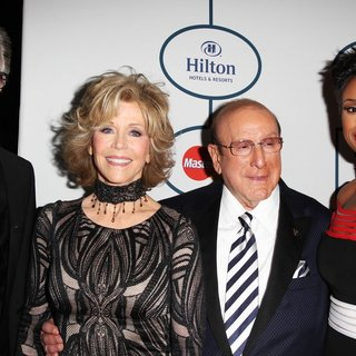 Richard Perry, Jane Fonda, Clive Davis, Jennifer Hudson in 2014 Pre-Grammy Gala and Grammy Salute to Industry Icons - Clive Davis