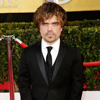 Peter Dinklage in The 20th Annual Screen Actors Guild Awards - Arrivals - peter-dinklage-20th-annual-screen-actors-guild-awards-03