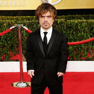 Peter Dinklage in The 20th Annual Screen Actors Guild Awards - Arrivals - peter-dinklage-20th-annual-screen-actors-guild-awards-04