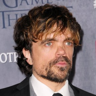 Peter Dinklage in New York Premiere of The Fourth Season of Game of Thrones - Red Carpet Arrivals - peter-dinklage-premiere-game-of-thrones-season-4-01