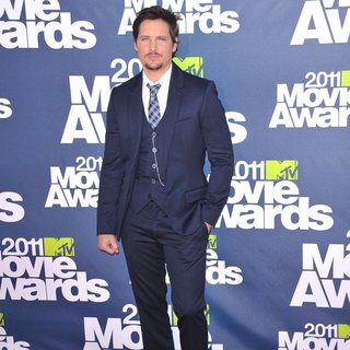 Peter Facinelli in 2011 MTV Movie Awards - Arrivals