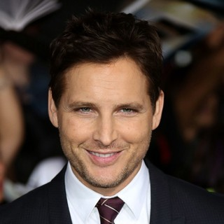 Peter Facinelli in The Premiere of The Twilight Saga's Breaking Dawn Part II