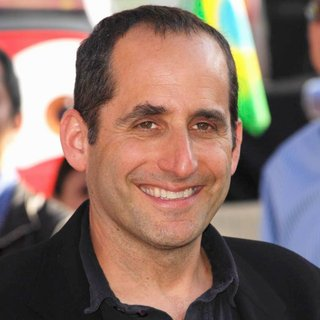 Peter Jacobson in The Los Angeles Premiere of Cars 2 - Arrivals