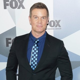 Peter Krause in 2018 Fox Network Upfront - Red Carpet Arrivals