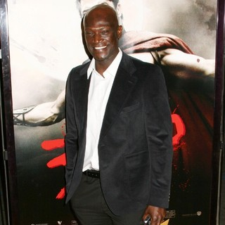 Peter Mensah in The Premiere of 300 - Arrivals