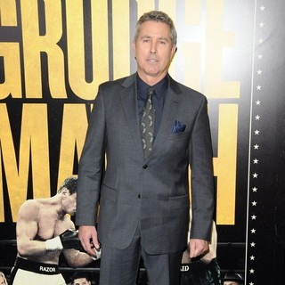 Peter Segal in Grudge Match New York Screening - Red Carpet Arrivals