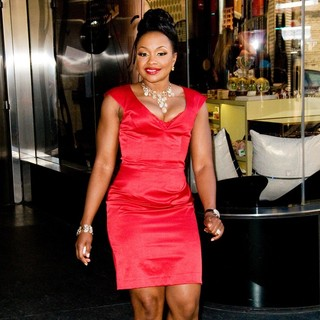 Phaedra Parks - Phaedra Parks Leaving A Manhattan Hotel Ahead of The Bravo Upfront Event