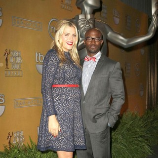 Busy Philipps, Taye Diggs in 19th Annual Screen Actors Guild Awards Nominations Announcement