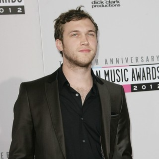 Phillip Phillips in The 40th Anniversary American Music Awards - Arrivals