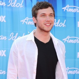 Phillip Phillips in American Idol Season 11 Grand Finale Show - Arrivals