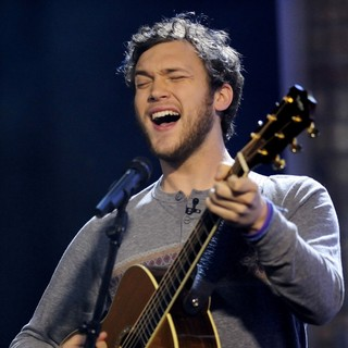 Phillip Phillips Appears on The Marilyn Denis Show