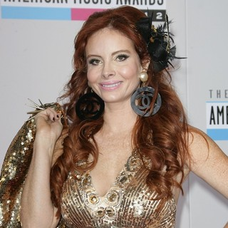 Phoebe Price in The 40th Anniversary American Music Awards - Arrivals