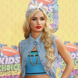 Pia Mia in Nickelodeon's 27th Annual Kids' Choice Awards - Arrivals