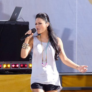 Pia Toscano in American Idol Season 10 Cast Performs on ABC's Good Morning America as Part of Their Summer Concert