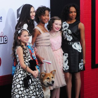 Nicolette Pierini, Amanda Troya, Quvenzhane Wallis, Zoe Margaret Colletti, Eden Duncan-Smith in New York Premiere of Annie - Arrivals