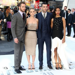 Zachary Quinto in U.K. Premiere of Star Trek Into Darkness - Arrivals - pine-eve-quinto-saldana-uk-premiere-star-trek-into-darkness-03
