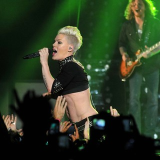 Pink Performing Live for The First Night of 2013 European Truth About Love Tour - pink-2013-european-truth-about-love-tour-15
