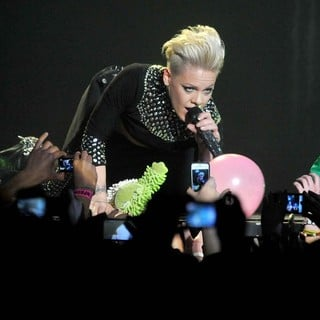 Pink Performing Live for The First Night of 2013 European Truth About Love Tour - pink-2013-european-truth-about-love-tour-16