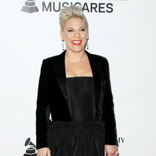 Pink in MusiCares 2019 Person of the Year Dolly Parton Tribute