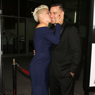 Pink, Carey Hart in Thanks for Sharing Los Angeles Premiere