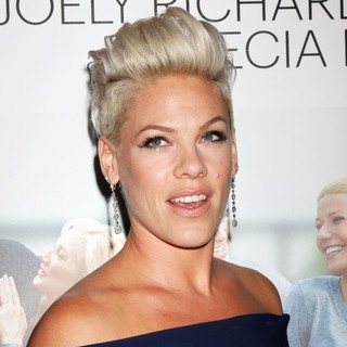 Pink in Thanks for Sharing Los Angeles Premiere