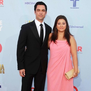 Danny Pino in 2012 NCLR ALMA Awards - Arrivals - pino-bernal-2012-nclr-alma-awards-01