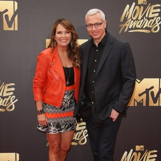 Susan Sailer, Dr. Drew Pinsky in 2016 MTV Movie Awards - Arrivals