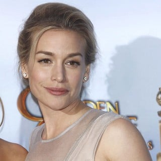 Piper Perabo in The 69th Annual Golden Globe Awards - Press Room