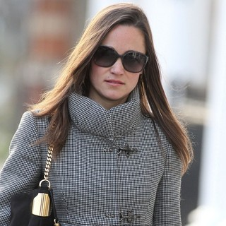 Pippa Middleton in Pippa Middleton Walking to Work in West London