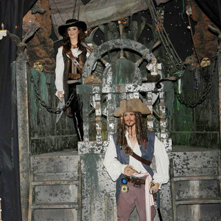 Johnny Depp, Penelope Cruz in Madrid Wax Museum Unveils Their New Wax Figures of Johnny Depp and Penelope Cruz