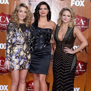Pistol Annies in 2011 American Country Awards - Arrivals - pistol-annies-2011-american-country-awards-03