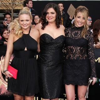 Pistol Annies in Los Angeles Premiere of The Hunger Games - Arrivals