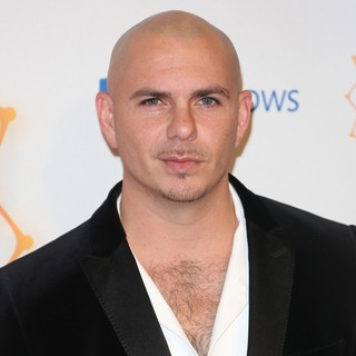 Pitbull in The MTV EMA's 2012 - Press Room - pitbull-mtv-ema-s-2012-press-room-01
