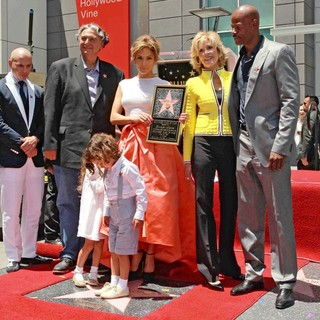 Pitbull, Gregory Nava, Max Anthony, Jennifer Lopez, Jane Fonda, Keenen Ivory Wayans in Jennifer Lopez Is Honoured with The 2,500th Star on The Hollywood Walk of Fame