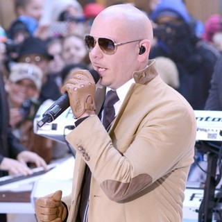Pitbull Performs Live at The Today Show - pitbull-performs-live-today-show-14