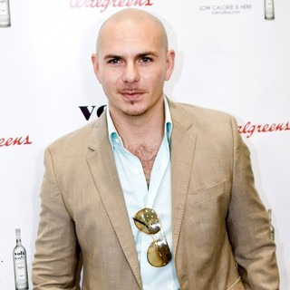 Pitbull Promotes Voli Light Vodka - pitbull-promotes-voli-light-vodka-01