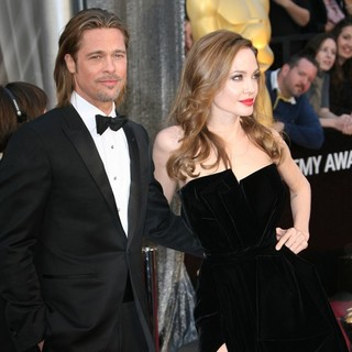 Brad Pitt, Angelina Jolie in 84th Annual Academy Awards - Arrivals