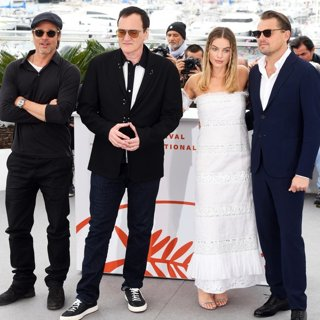 Brad Pitt, Quentin Tarantino, Margot Robbie, Leonardo DiCaprio in Once Upon a Time in Hollywood Photocall - The 72nd Cannes Film Festival