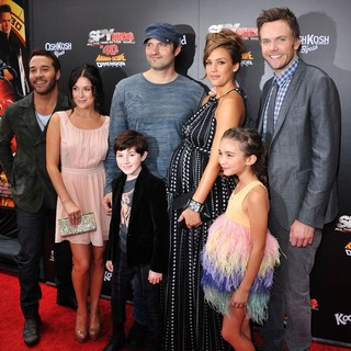 Jeremy Piven, Alexa Vega, Robert Rodriguez, Mason Cook, Jessica Alba, Rowan Blanchard, Joel McHale in Spy Kids 4 All the Time in the World Los Angeles Premiere
