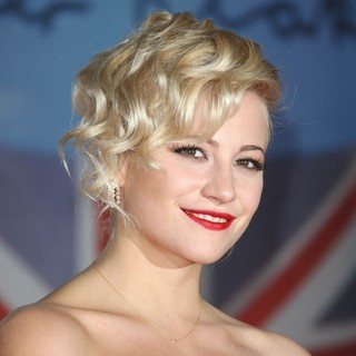 Pixie Lott in The BRIT Awards 2012 - Arrivals